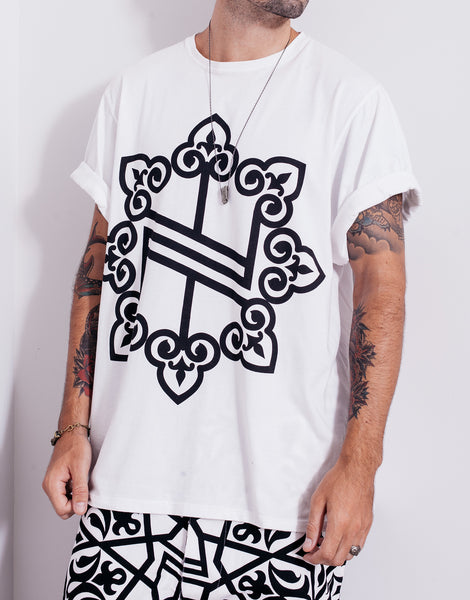 Nemis Oversized Knights Logo Tee White