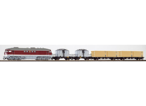 Piko 47010 - TT Set BR130 Diesel Locomotive & 4 Freight Cars
