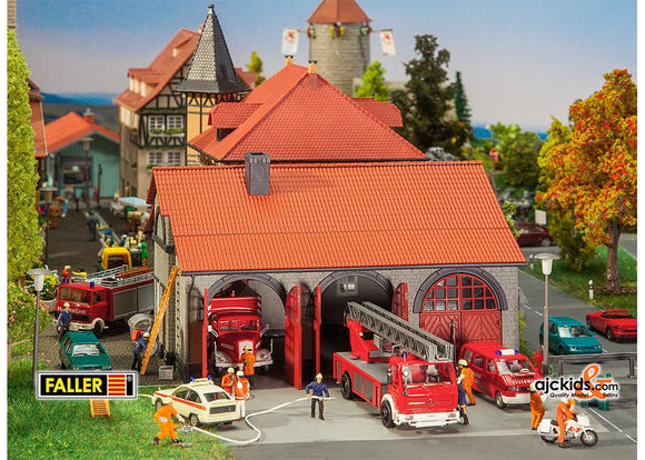 Faller 130162 - Fire brigade engine house