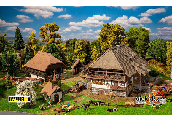 Faller 130677 - Vogtsbauernhof Black Forest Set