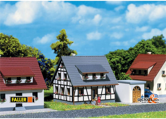 Faller 282760 - Half-timbered house