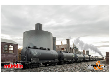 "Marklin 00727 - Display with 12 ""Standard Design Tank Cars"""