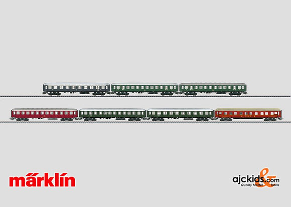 Marklin 00766 - Retro Set with 12 Tin-Plate Passenger Cars. in H0 Scale