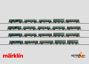 Marklin 00792 - Passenger Commuter Service Display with 20 Cars in H0 Scale