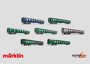 Marklin 00796 - Display with 12 Tin-Plate Passenger Cars