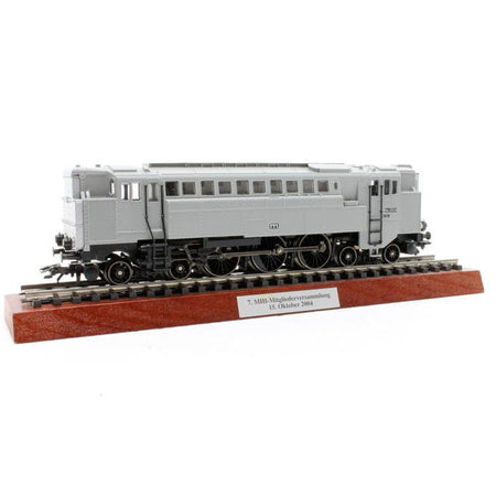 Marklin 37201 - MHI 2004 Locomotive in H0 Scale