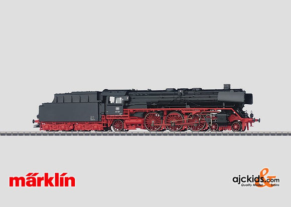 Marklin 39010 - Express Locomotive with a Tender in H0 Scale