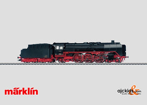 Marklin 39011 - Express Steam Locomotive with a Tender BR 01 in H0 Scale