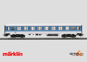 Marklin 4027 - Express Train Passenger Car in H0 Scale