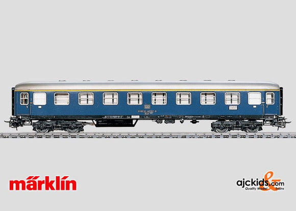 Marklin 4051 - Express Train Passenger Car in H0 Scale