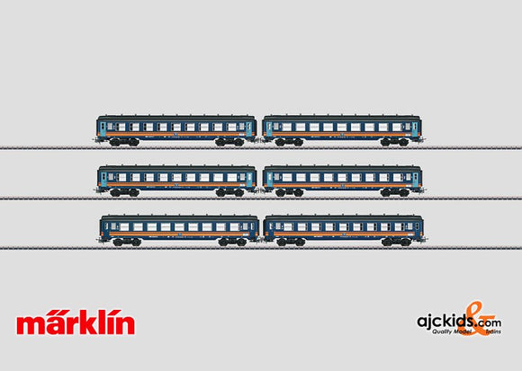 Marklin 40690 - Tin-Plate Passenger Car Set in H0 Scale