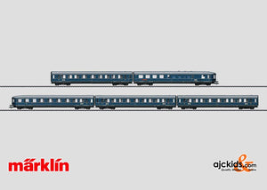 Marklin 42615 - Express Train Passenger Car Set in H0 Scale