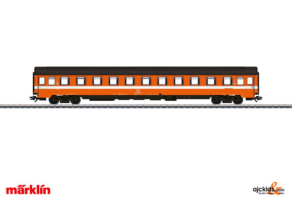 Marklin 42922 - Passenger Car; 2nd Class in H0 Scale