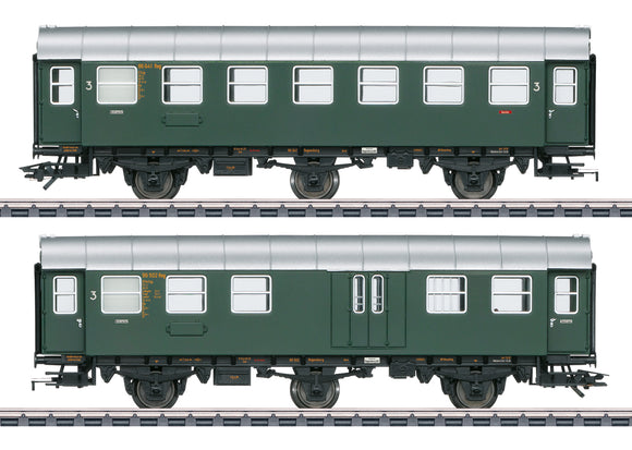 Marklin 43195 - Passenger Cars (with lights)