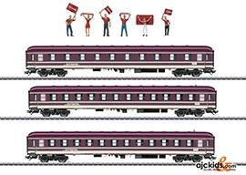 Marklin 43947 - Three Compartment Cars