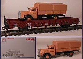 Marklin 46943 - Stake Car with Civil Defense Truck