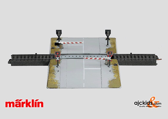 Marklin 74920 - Fully Automatic Railroad Grade Crossing (now 74923) in H0 Scale