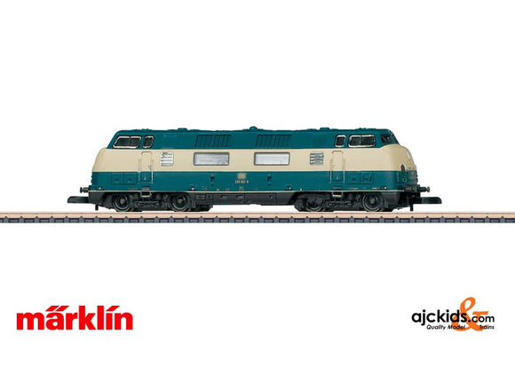 Marklin 88202 - Class 220 Diesel Locomotive in Ocean Blue / Light Ivory