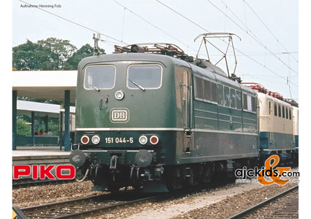 Piko 51315 - BR 151 Electric Locomotive DB IV Green (AC 3-Rail)