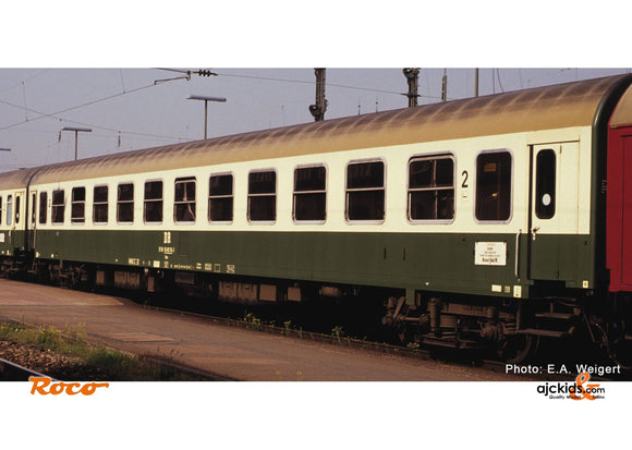 Roco 74804 2nd class couchette car DR