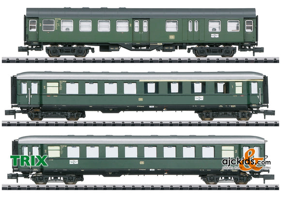 Trix 18209 - Limited Stop Fast Passenger Train in the Danube Valley Car Set