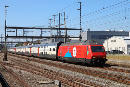 Trix 22413 - Class Re 460 Electric Locomotive Circus Knie