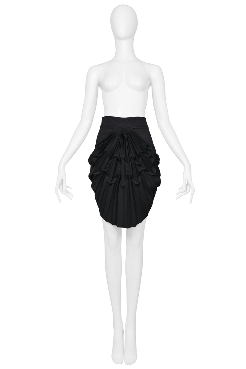 BALENCIAGA BY GHESQUIERE BLACK PLEATED MINI SKIRT 2003