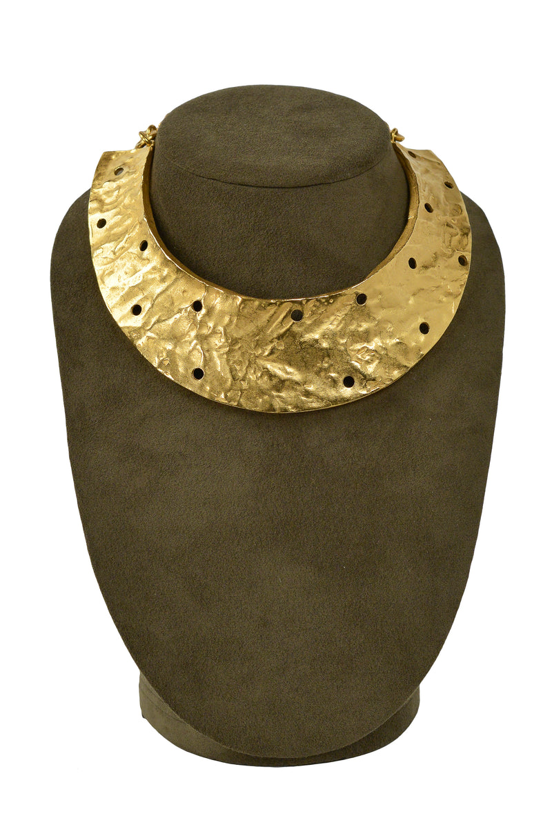 BICHE DE BERE GOLD HAMMERED HOLE PUNCHED COLLAR NECKLACE