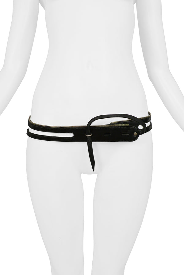 HELMUT LANG BLACK CALF LEATHER ZIPPER RING TAB BELT