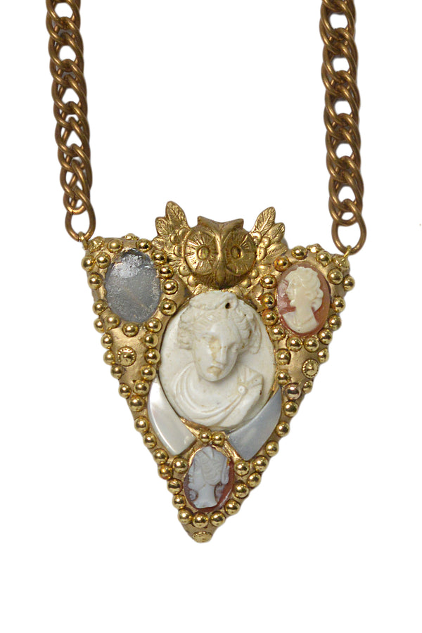 MINADEO LAVA BLUE CAMEO SHIELD NECKLACE