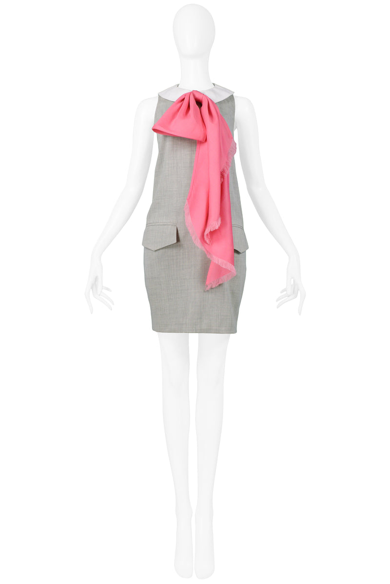 MIZRAHI 1991 GREY DRESS WITH PINK BOW