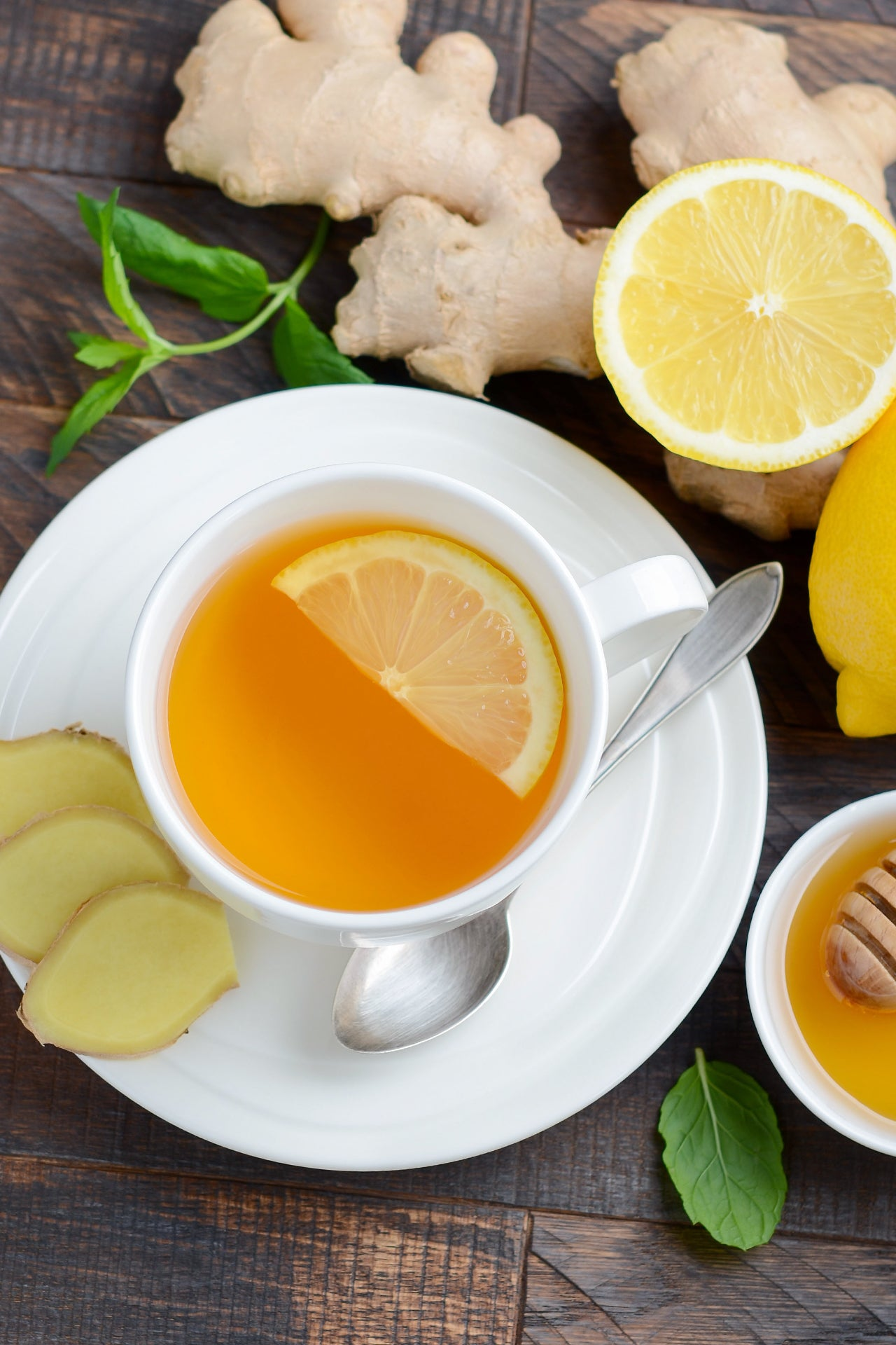 citrus ginger and tea to help fight allergy symptoms