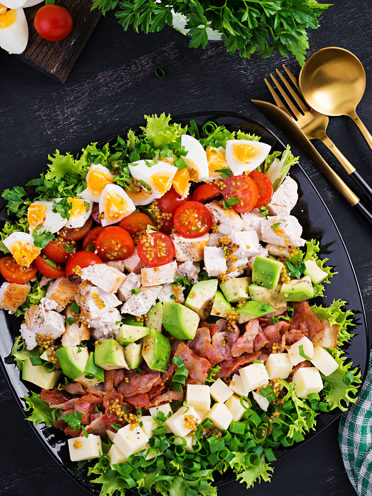 cobb salad with chicken and honey mustard dressing