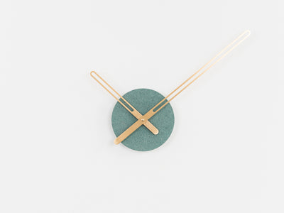 Osloform - Sweep Wall Clock