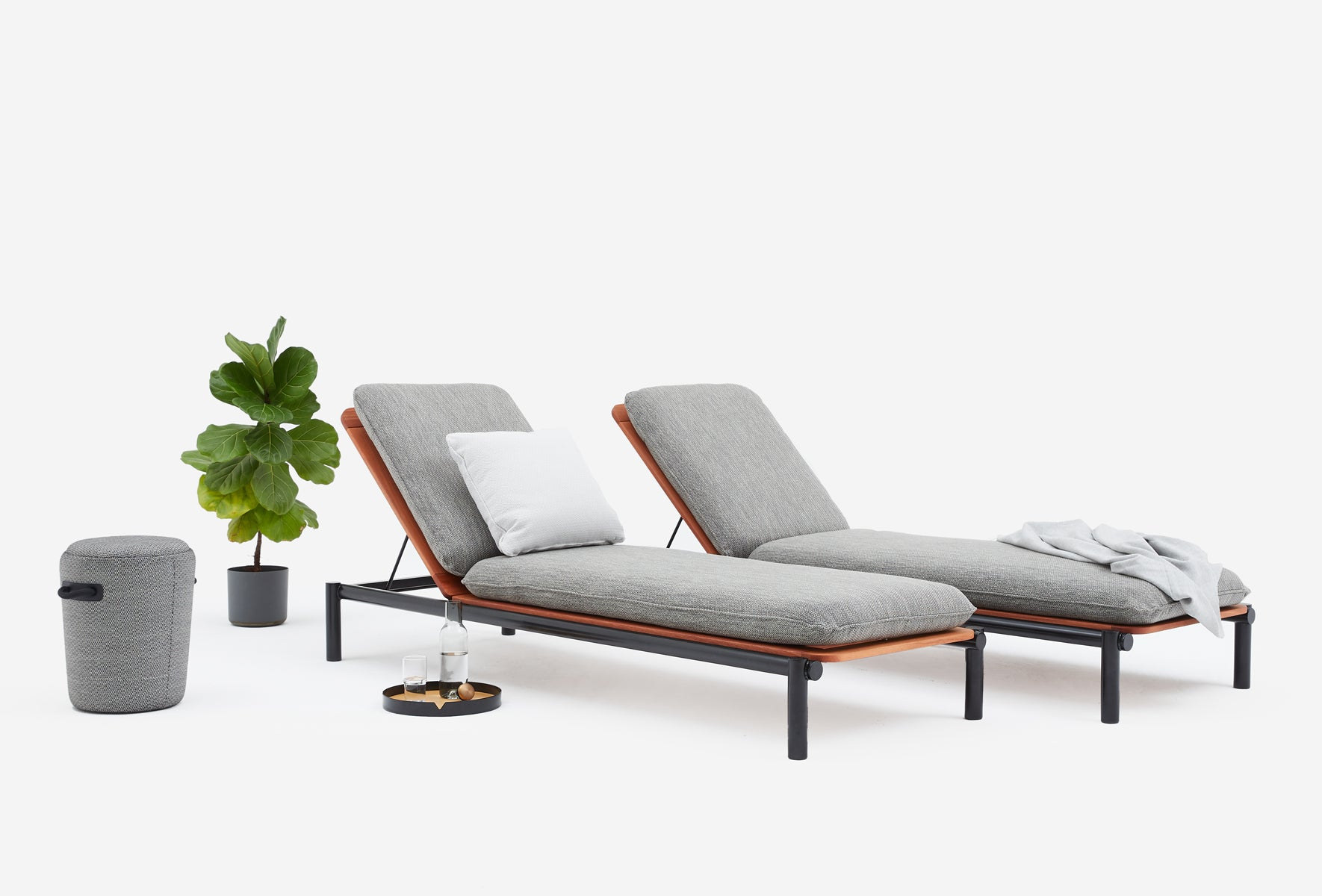Kin Outdoor Sun Lounger