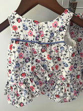 Load image into Gallery viewer, Baby Gap Floral Top + Bloomer Set