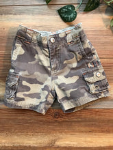 Load image into Gallery viewer, Gymboree Camo Shorts