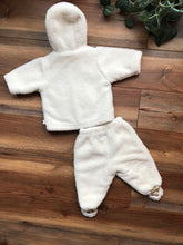 Load image into Gallery viewer, Baby Gap Fuzzy 2 Piece Set