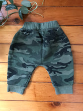 Load image into Gallery viewer, Baby Gap Camo Harem Pants