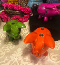 Load image into Gallery viewer, Soapstone Pig