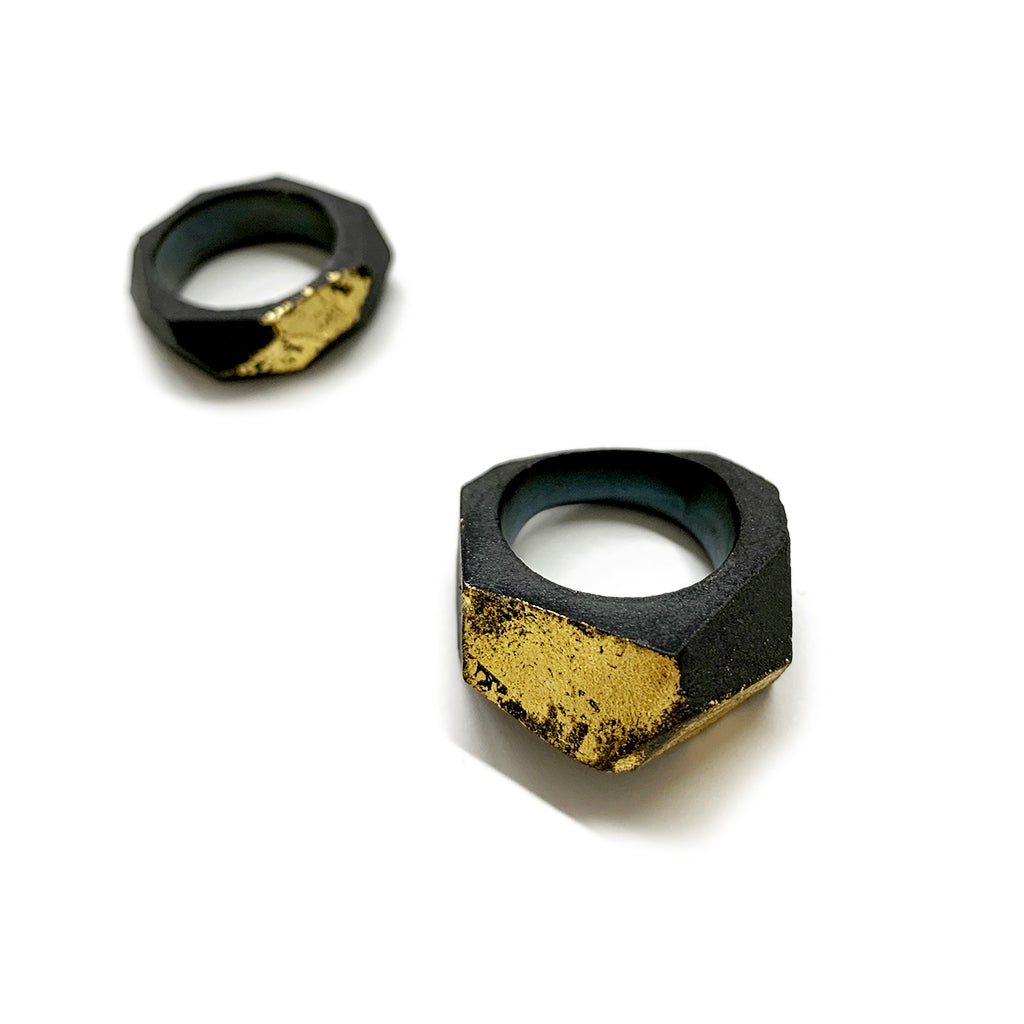 Black Facet ring