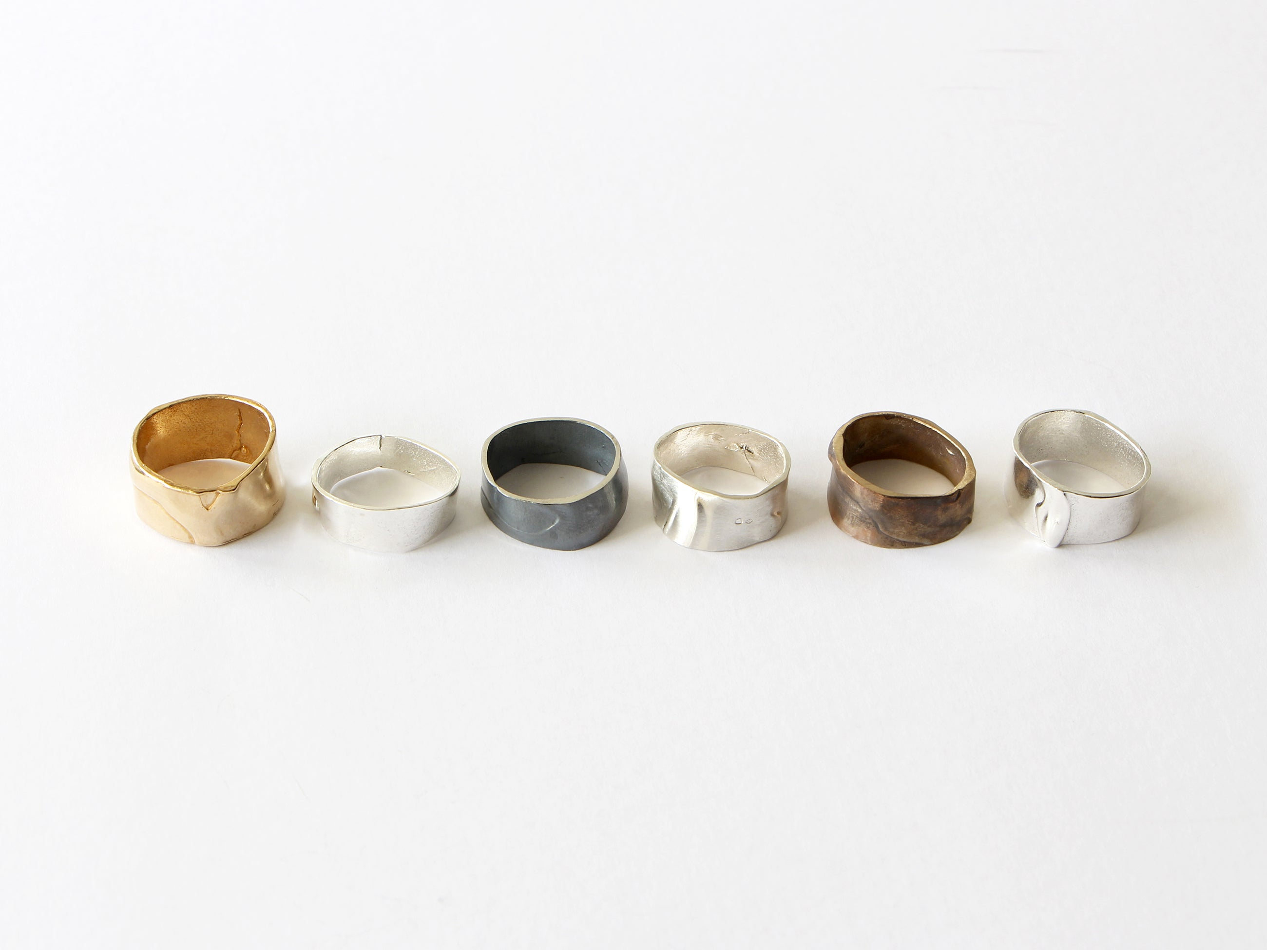 Singular Collection ring 012