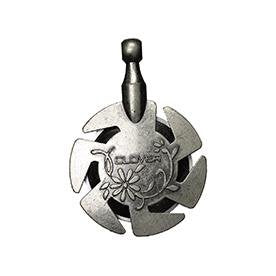 Clover Yarn Cutter Pendant (Antique Gold & Silver) - The Needle Store