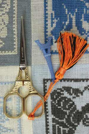 Sajou Tour Eiffel Gilded Embroidery Scissors with Blue Charm - The Needle Store