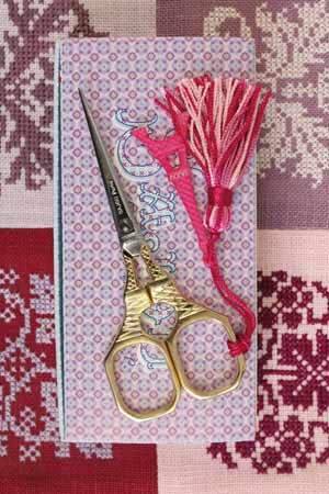 Sajou Tour Eiffel Gilded Embroidery Scissors with Pink Charm - The Needle Store