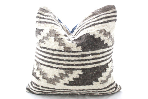 Square Alfombra Pillow Cover-Indio