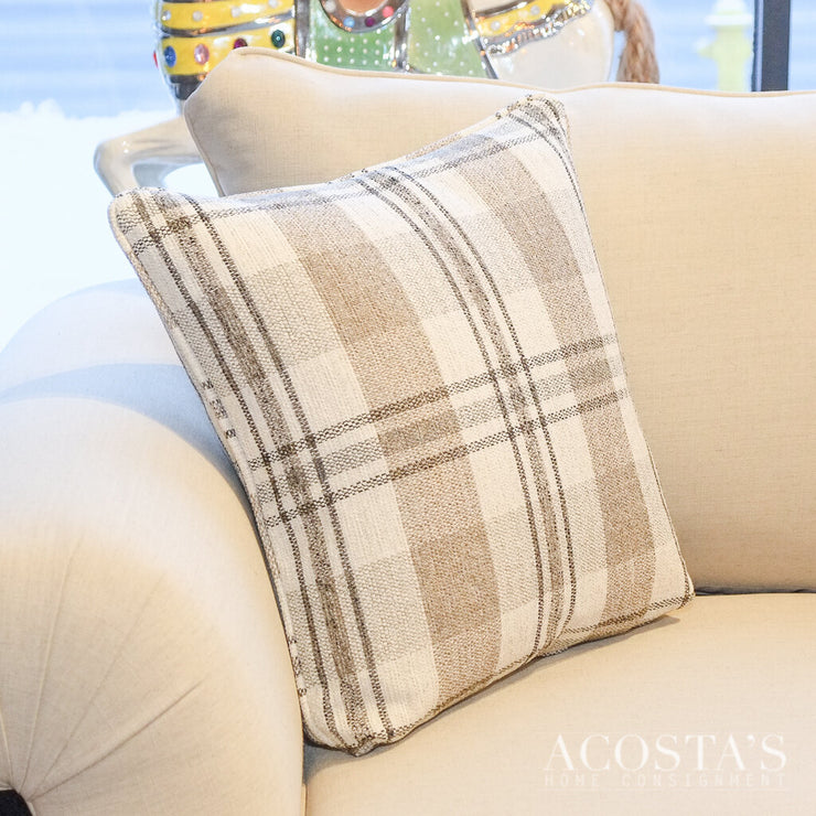 (BRAND NEW) Plaid Throw Pillow