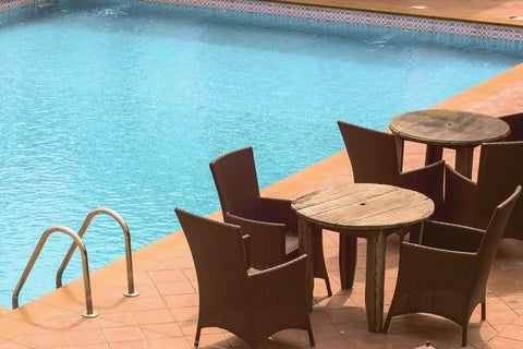 how to remove metal stains from your pool