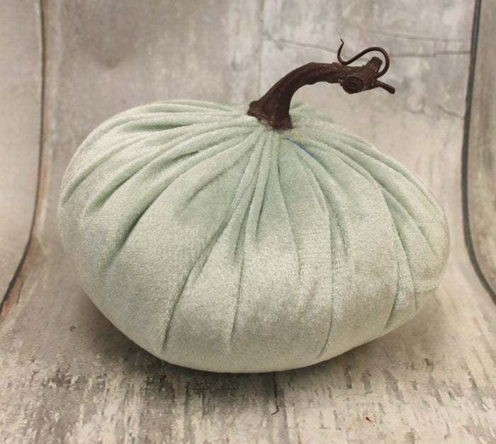 "6"" Mint Velvet Pumpkin"