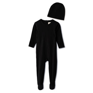 Snug fitting  ribbed footie and beanie in black